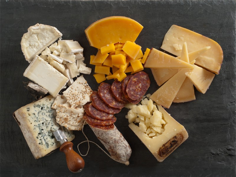red_wine_cheese_plate