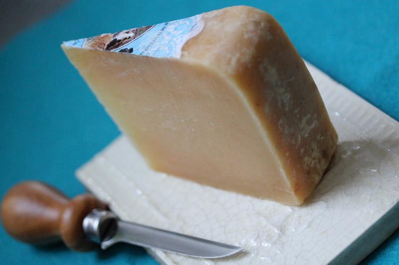 Paksi Sir Cheese