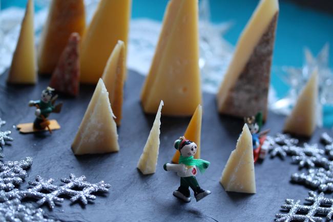 Twelve-Days-of-Cheesemas