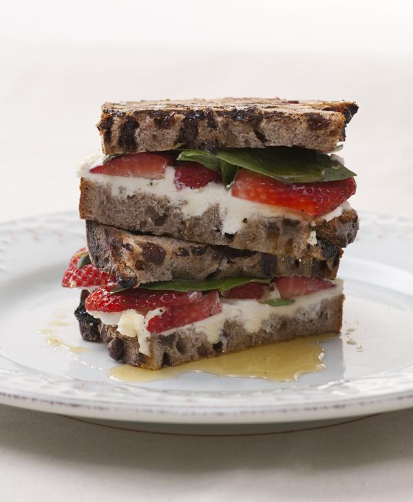 Fresh Ricotta, Basil & Strawberry Sandwich | Blog | Di ...